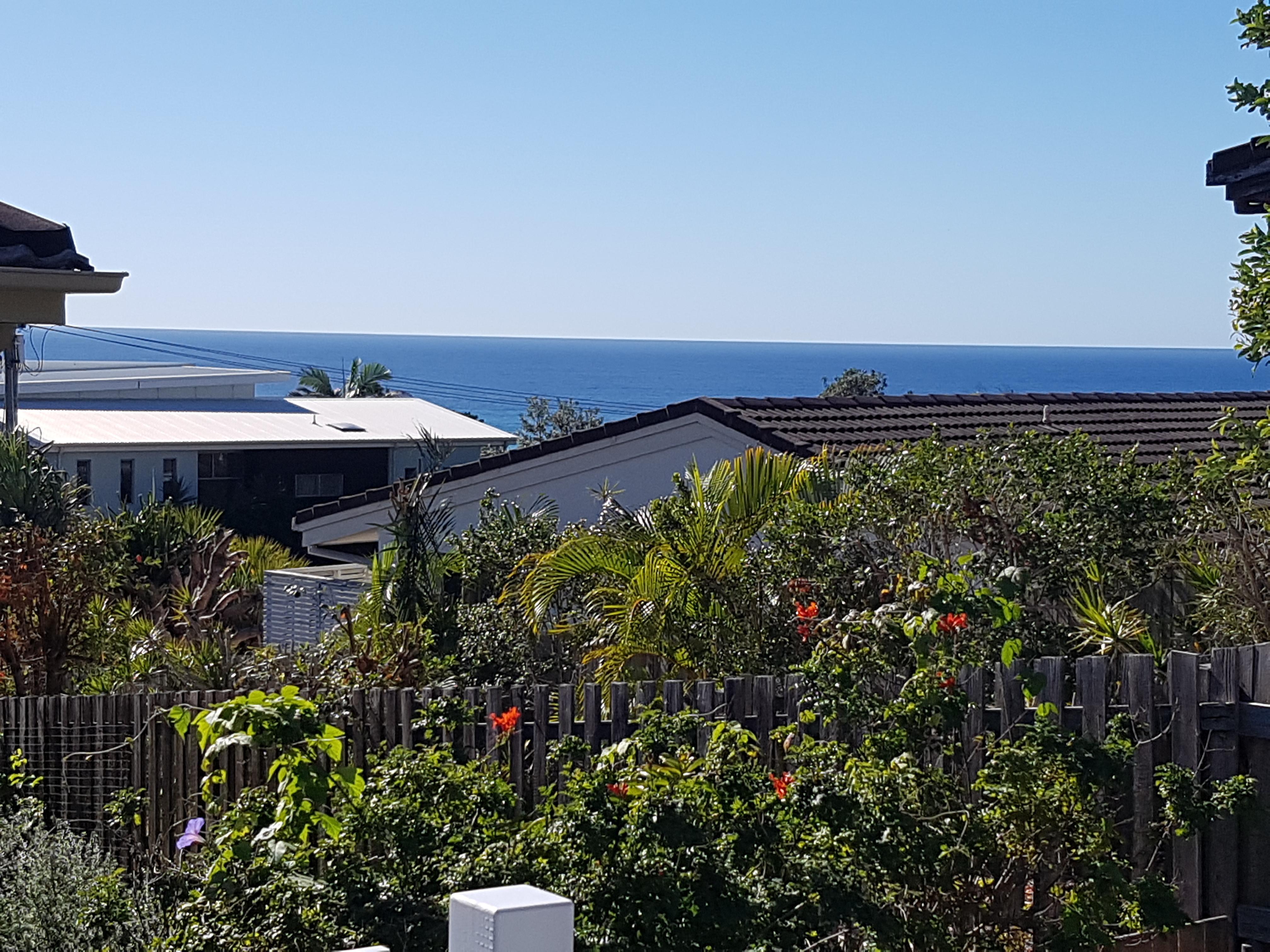 Freshly Renovated – Ocean Breezes